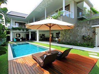 PROMO - Villa Papa - 3 bd villa next to the beach! - Umalas vacation rentals