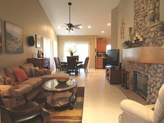 Beautiful House with Internet Access and Garage - Palm Desert vacation rentals