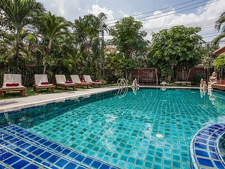 Baan Chatmanee | Modern 5 Bedroom Pool Villa in Jomtien South Pattaya - Jomtien Beach vacation rentals