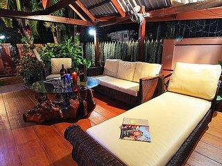 Baan Chatz - lovely 5 Bedroom Holiday Villa Private Pool in Pattaya - Jomtien Beach vacation rentals