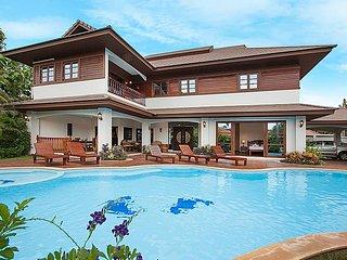 Lanna Karuehaad Villa B | 7 Bed Pool Residence Chiang Mai - San Phi Suea vacation rentals