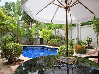 Baan Tawan One   2 Bed Pool Villa on Pratumnak Hill South Pattaya - Jomtien Beach vacation rentals