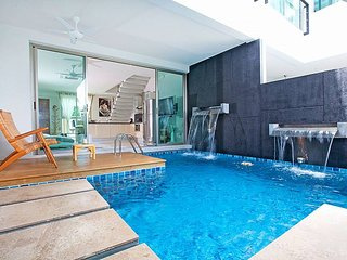 Nice Condo with Shared Outdoor Pool and Microwave - Chalong vacation rentals