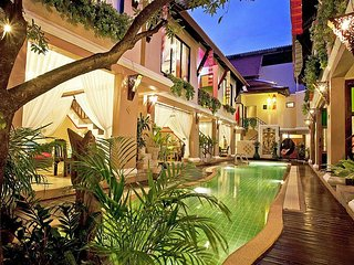 Jomtien Lotus Villa | 8 Bed Ultra Luxury Pool House in South Pattaya - Jomtien Beach vacation rentals
