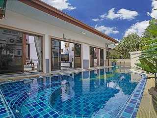 Nice Villa with Shared Outdoor Pool and Trampoline - Na Chom Thian vacation rentals