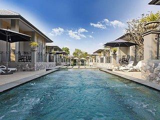 Sala Retreat Villa | 9 Bungalows on Private Resort in Central Pattaya - Jomtien Beach vacation rentals