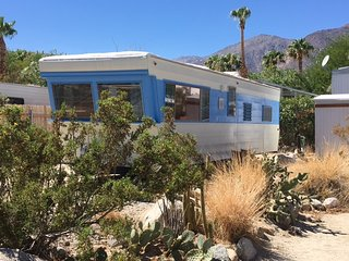 Vintage Trailer Glamping - Stay in the middle of the desert in a vintage trailer - Borrego Springs vacation rentals