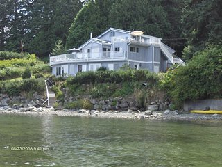 Beach House Salt Spring -  Sunrise Suite -s/c  with kitchen - Fulford Harbour vacation rentals