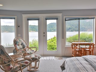 Beach House Salt Spring -Starfish Room/ Scallop Room - Fulford Harbour vacation rentals