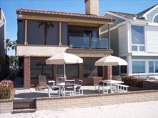 Beautiful Oceanfront Home on the Sand!  West Newport Beach. Pride of Ownership! - Newport Beach vacation rentals