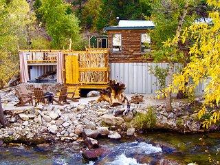 Merrifield Homestead Cabins & Hotsprings/Merrifield Cabin - Buena Vista vacation rentals