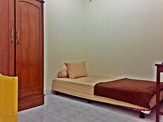 Dtradisi Tamara Homestay Room 2 - Sleman vacation rentals
