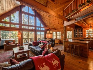 4BR, Hot Tub, Pool Table, Leather, Views, Flat Screen TV, Minutes to Banner - Banner Elk vacation rentals