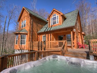 Distinguished Log Cabin with a Contemporary Touch on Beech Mountain, Close to - Beech Mountain vacation rentals