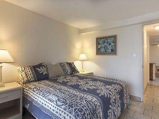 Island Colony 1620-Newly Renovated! - Honolulu vacation rentals
