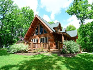 Stake a claim on District Creek! Pristine and sophisticated, this log-style domicile gets all the details right, from the little touches to grand amenities. - Swanton vacation rentals