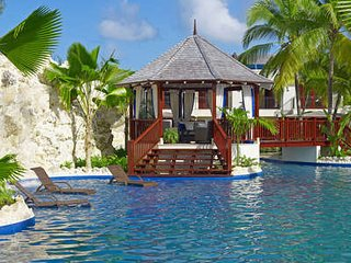 Amazing 3 Bedroom Villa on Gibbes Beach - Gibbes vacation rentals