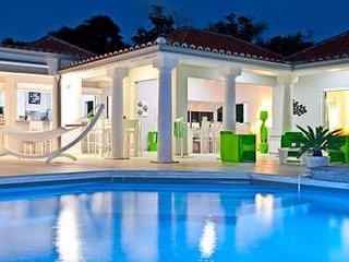 Radiant 5 Bedroom Villa in Terres Basses - Terres Basses vacation rentals