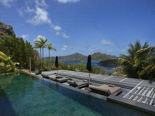 Unbelievable 4 Bedroom Villa in Anse des Cayes - Anse Des Cayes vacation rentals