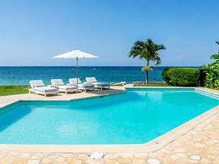 Elegant 4 Bedroom Villa at Tryall - Hope Well vacation rentals