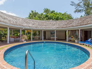Beautiful 4 Bedroom Villa at Tryall - Hope Well vacation rentals