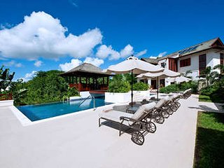 Gorgeous 4 Bedroom Villa in Sandy Lane - Holetown vacation rentals