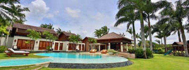 Gorgeous 8 Bedroom Villa in Casa de Campo - Image 1 - La Romana - rentals
