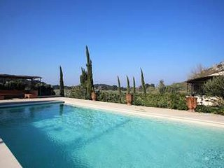 Beautiful Provencal 5 Bedroom Villa at The Foot of The Alpilles Mountains - Mouries vacation rentals