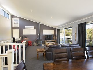 Acacia 2 - Luxurious Holiday Townhouse - Jindabyne vacation rentals