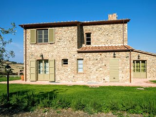 Comfortable 4 bedroom House in Guardistallo - Guardistallo vacation rentals