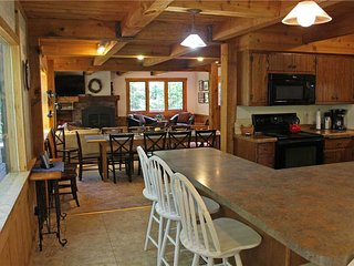 Located at Base of Powderhorn Mtn in the Western Upper Peninsula, A Gorgeous Trailside Home with Outdoor Hot Tub & Allows Dogs - Bessemer vacation rentals