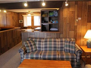 Located at Base of Powderhorn Mtn in the Western Upper Peninsula, A Simple Trailside Condo with a Shared Hot Tub & Allows Dogs - Bessemer vacation rentals