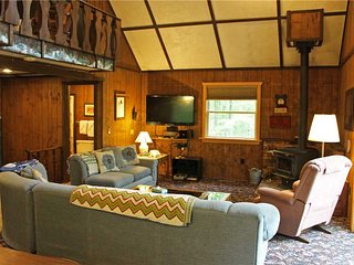 Located at Base of Powderhorn Mtn in the Western Upper Peninsula, A Cozy Home with Fantastic View of Ski Hill - Ironwood vacation rentals