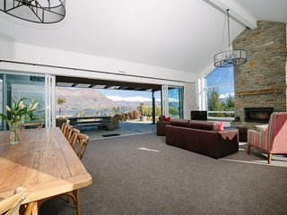 Ridge Retreat - Wanaka vacation rentals