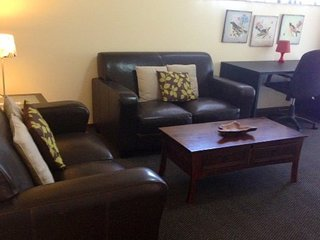 Doncaster Elgar Apartment Accommodation Elgar Short Stay - Doncaster vacation rentals