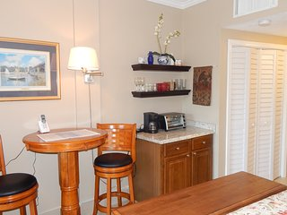 Studio Beautiful All New Pirates Bay on the Sound - Fort Walton Beach vacation rentals