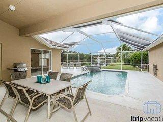 Briarwood 3 BR/2 BA Single Story Home w/Pool/Spa & Tranquil Lake & Fountain Views - Naples vacation rentals