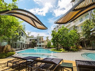 Cozy 1 bedroom Condo in Si Thep - Si Thep vacation rentals