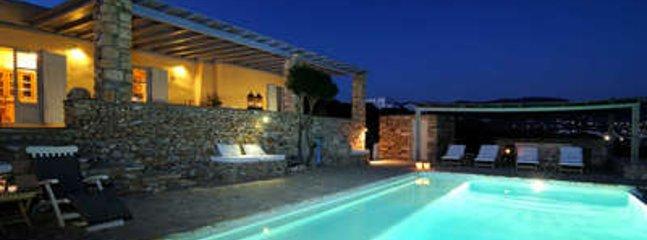 Magnificent 3 Bedroom Villa in Paros - Image 1 - Aliki - rentals