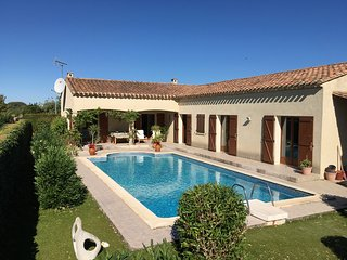 Nice 4 bedroom Olonzac Villa with Wireless Internet - Olonzac vacation rentals
