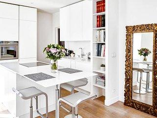 Amazing apartment Oberkampf area for 2 - 4 guests - Paris vacation rentals