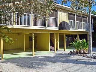 Walk to the Beach and More from this Fully Renovated Unit W/ Heated Pool - Siesta Key vacation rentals