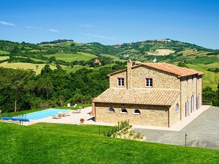 Spacious 6 bedroom Vacation Rental in Guardistallo - Guardistallo vacation rentals