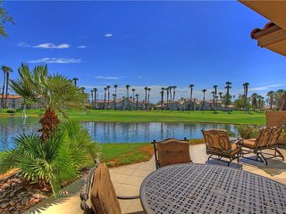 Palm Valley CC-(VZ093) Platinum Member! Large Floor Plan - Palm Desert vacation rentals