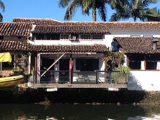 charmosa casa no centro histórico - Jabaquara vacation rentals