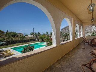 Nice 3 bedroom Kerames Villa with Deck - Kerames vacation rentals