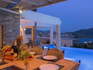 Villa Ada 2 - 5 bedroom Kalkan villa with private pool and pool table - Kalkan vacation rentals