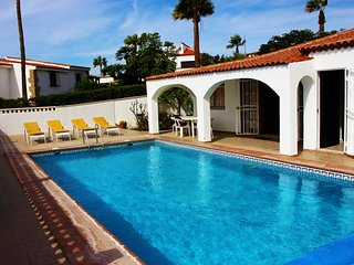 La Quinta 245  - 3 bed villa with heated pool and sea views, wi-fi, satellite TV - Golf del Sur vacation rentals