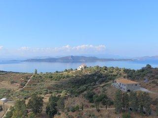 Grande maison agréablement isolée , vue magnifique - Nea Styra vacation rentals