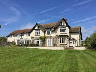 The Folletts at Beer - The Seaside Inn (formerly Triscombe Cottage) - Beer vacation rentals